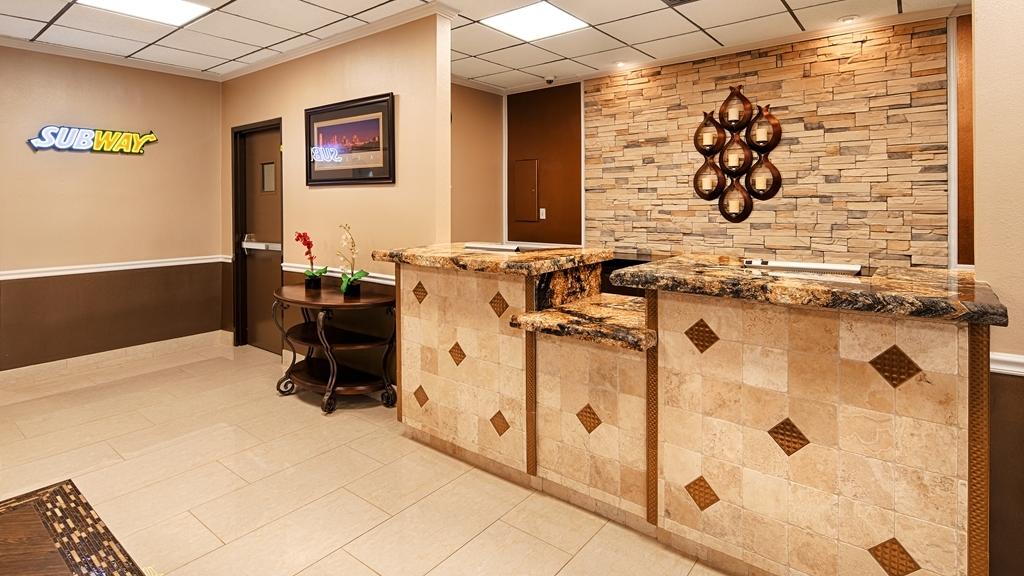Best Western Airport - The front desk is equipped with menus, maps, and a wealth of other information Tulsa's visitors will find useful.