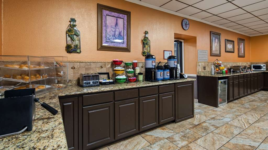 Best Western Airport - Breakfast Area