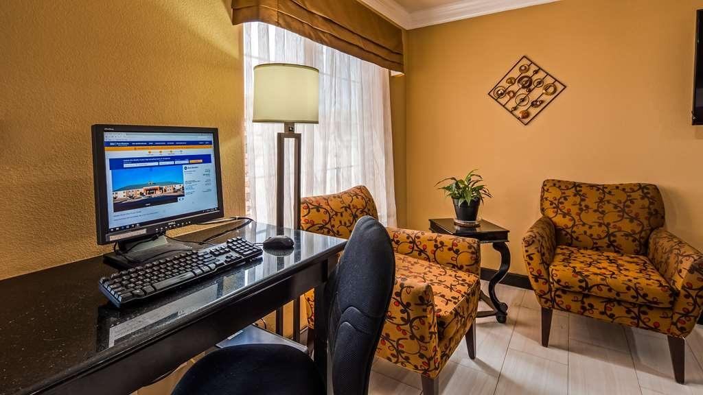 Best Western Kenosha Inn - Business Center