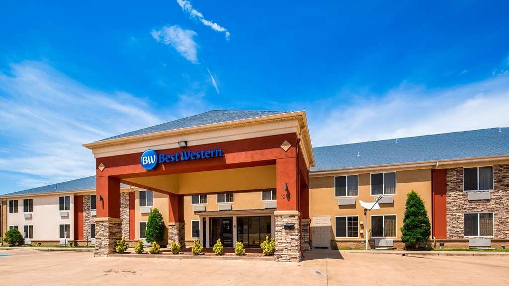 Best Western Kenosha Inn - Facciata dell'albergo