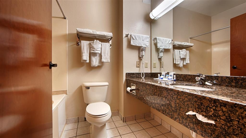 Best Western Edmond Inn & Suites - We take pride in making everything spotless for your arrival.