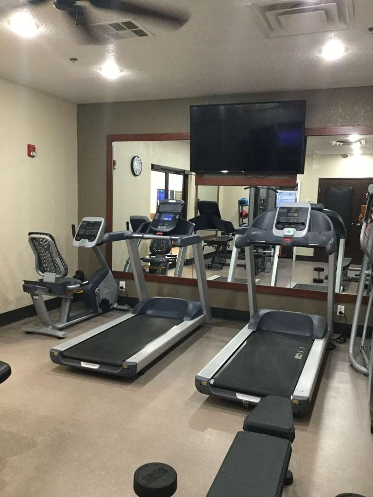 Best Western Plus Yukon - Re-energize with a quick workout in our 24-hour cardio center.