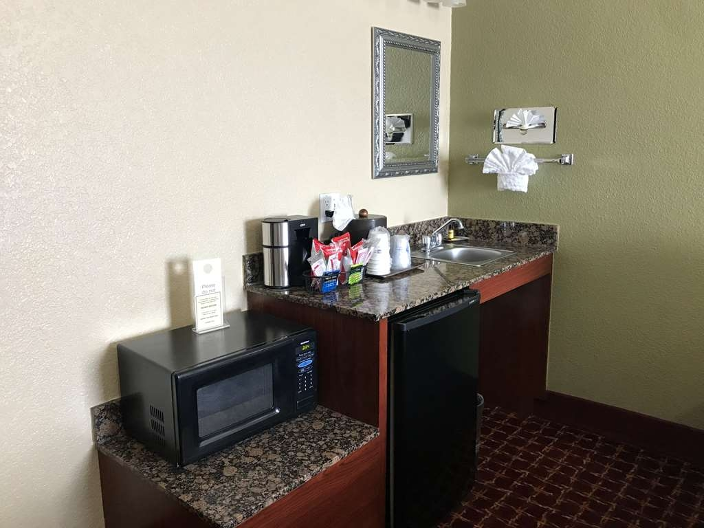 Best Western Plus Yukon - Enjoy the comfort of a refrigerator stocked with two bottles of complimentary water and a microwave.
