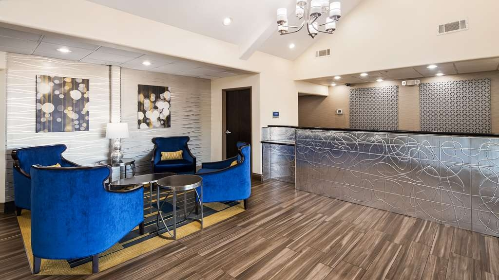 Best Western Plus Tulsa Inn & Suites - Lobbyansicht