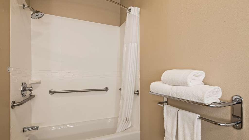 Best Western Plus Tulsa Inn & Suites - Habitaciones/Alojamientos