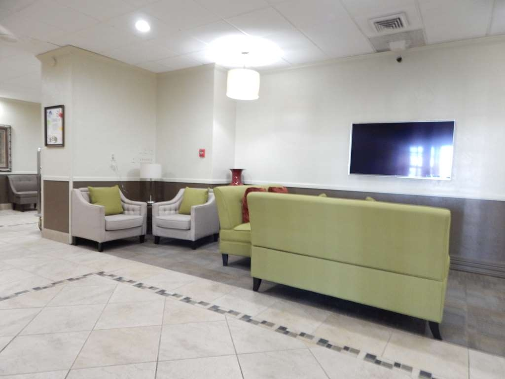 Best Western Plus Lawton Hotel & Convention Center - Lobby Area
