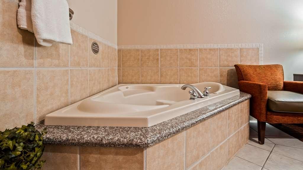 Best Western Plus Memorial Inn & Suites - Spa