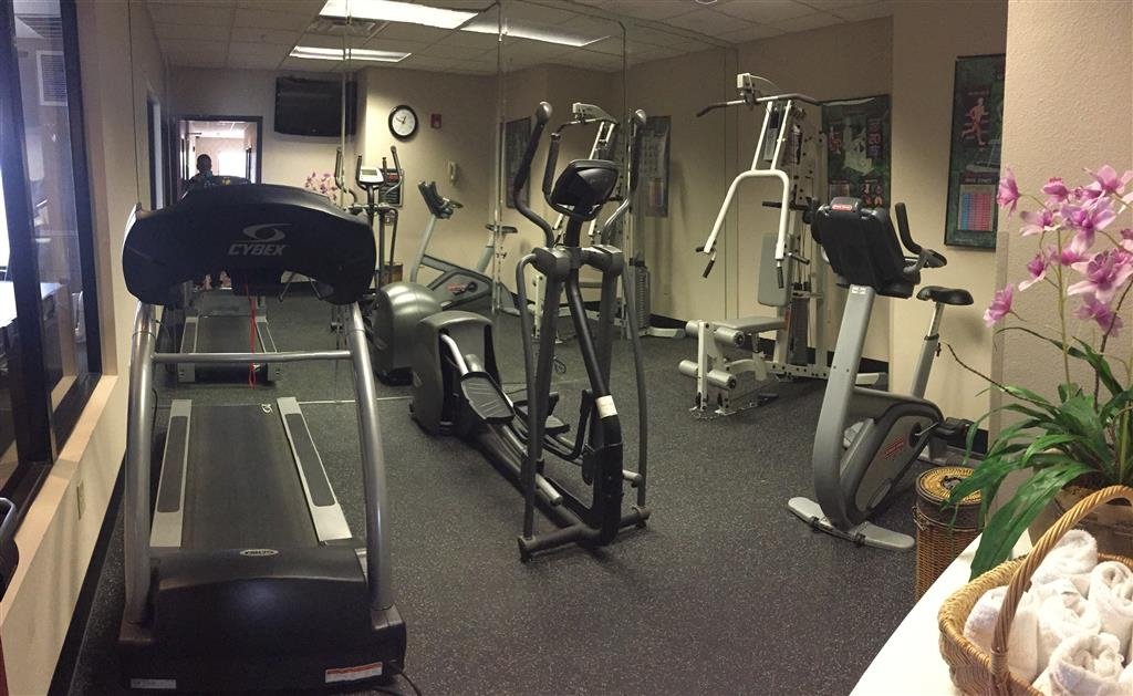 Best Western Plus Memorial Inn & Suites - Salle de fitness