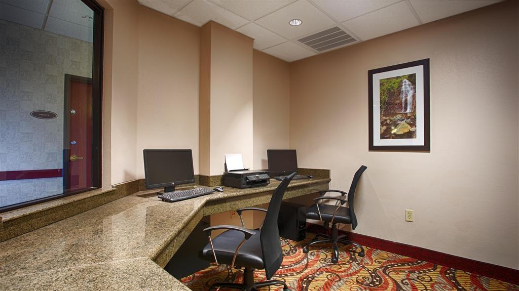 Best Western Plus Memorial Inn & Suites - centre des affaires