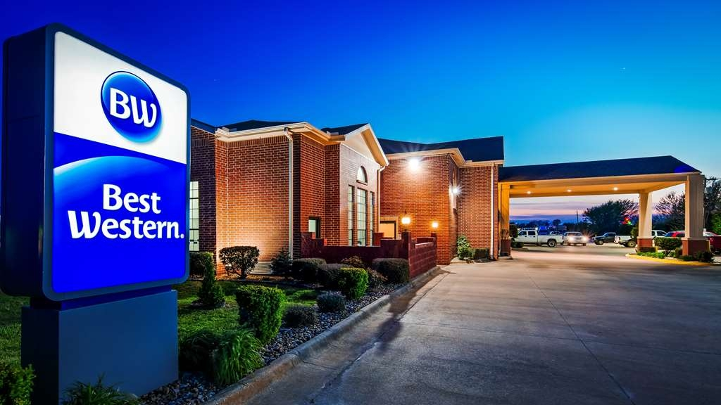 Best Western Stateline Lodge - Breakfast daily from 6:00 a.m.- 9:30 a.m.