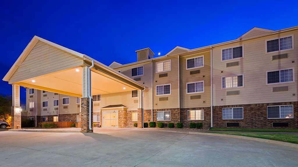 SureStay Hotel By Best Western Blackwell - Aussenansicht