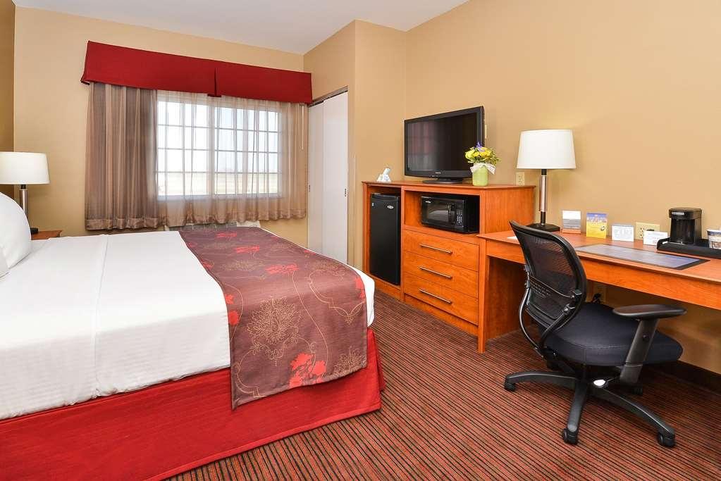 Best Western Blackwell Inn - King Guest Room