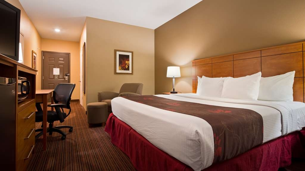 Best Western Blackwell Inn - King Deluxe Guest Room