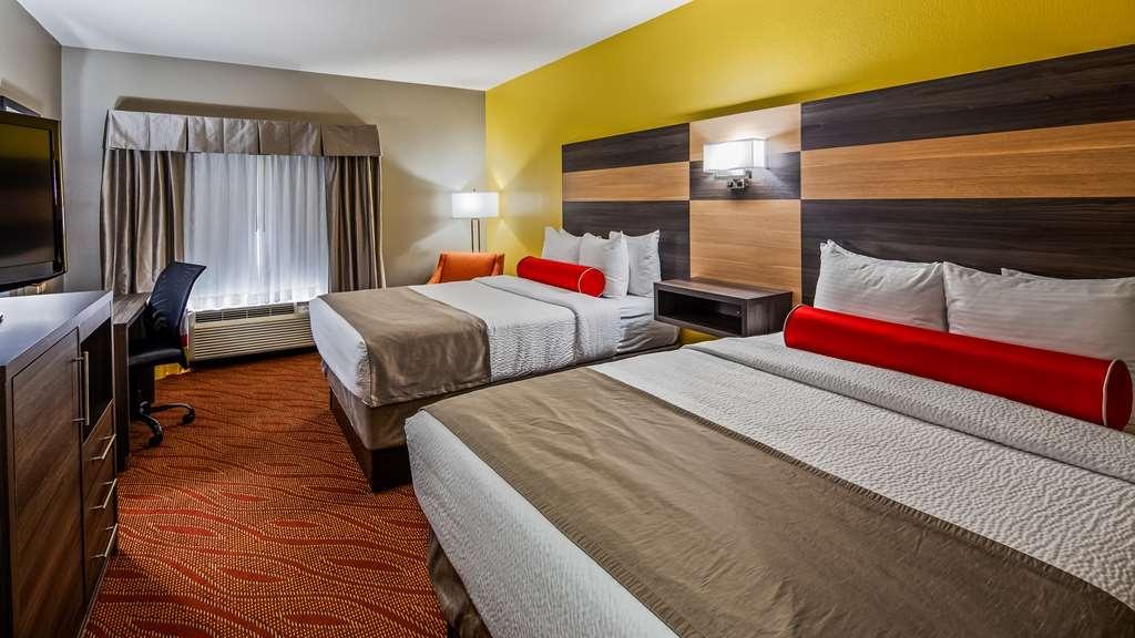 Best Western Plus Midwest City Inn & Suites - Guest Room