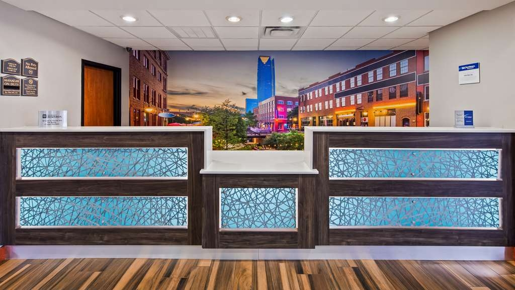 Best Western Plus Midwest City Inn & Suites - Hall