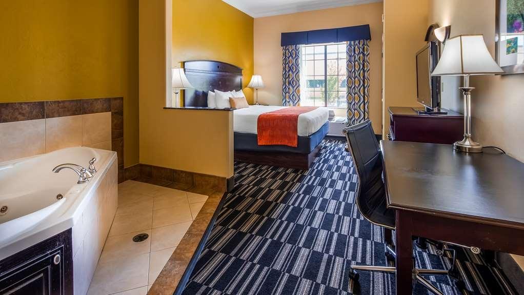 Best Western Plus Barsana Hotel & Suites - Gästezimmer/ Unterkünfte