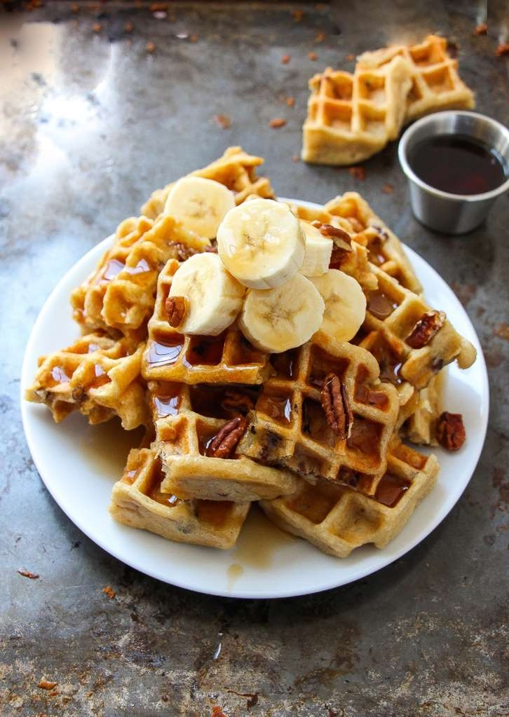 Best Western Plus Barsana Hotel & Suites - Build your own waffle, made fresh. Our condiments include bananas, chocolate chips & whipped cream. Everything a child could imagine