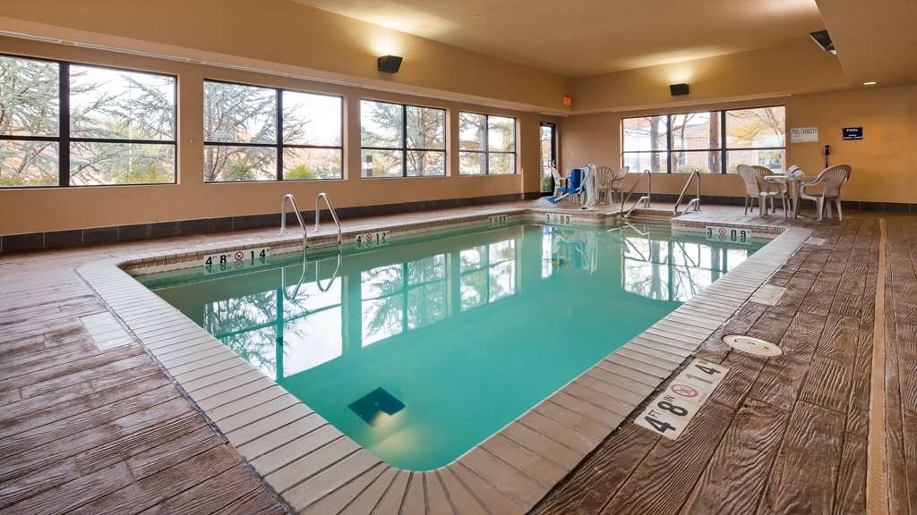 Best Western Seminole Inn & Suites - Vue de la piscine
