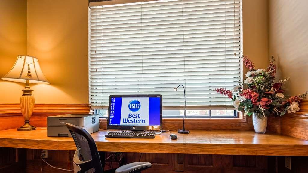 Best Western Locust Grove Inn & Suites - Business Center