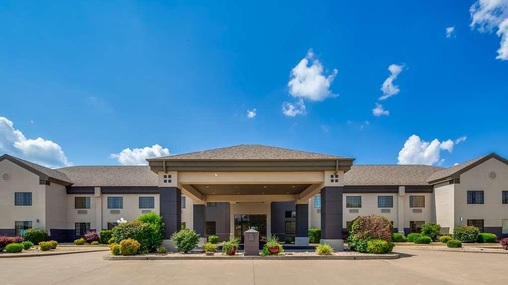 Best Western Locust Grove Inn & Suites - Facciata dell'albergo