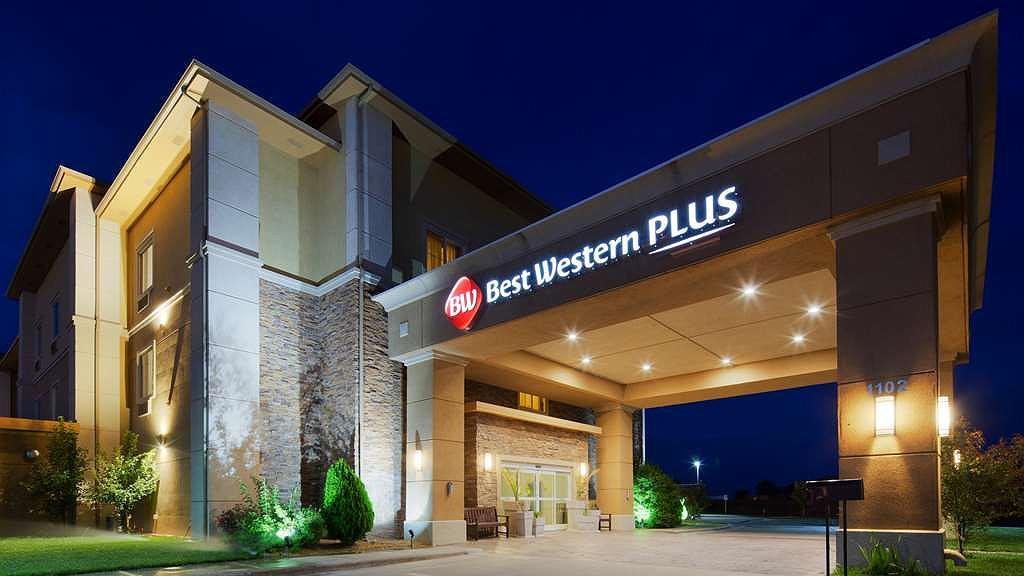 Best Western Plus Guymon Hotel & Suites - Vista exterior