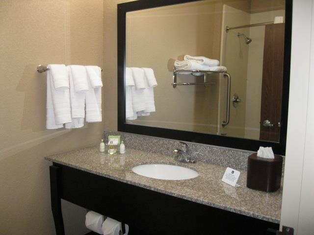 Best Western Plus Cushing Inn & Suites - Our standard guest bathroom is included in every standard guest room and every standard guest suite.
