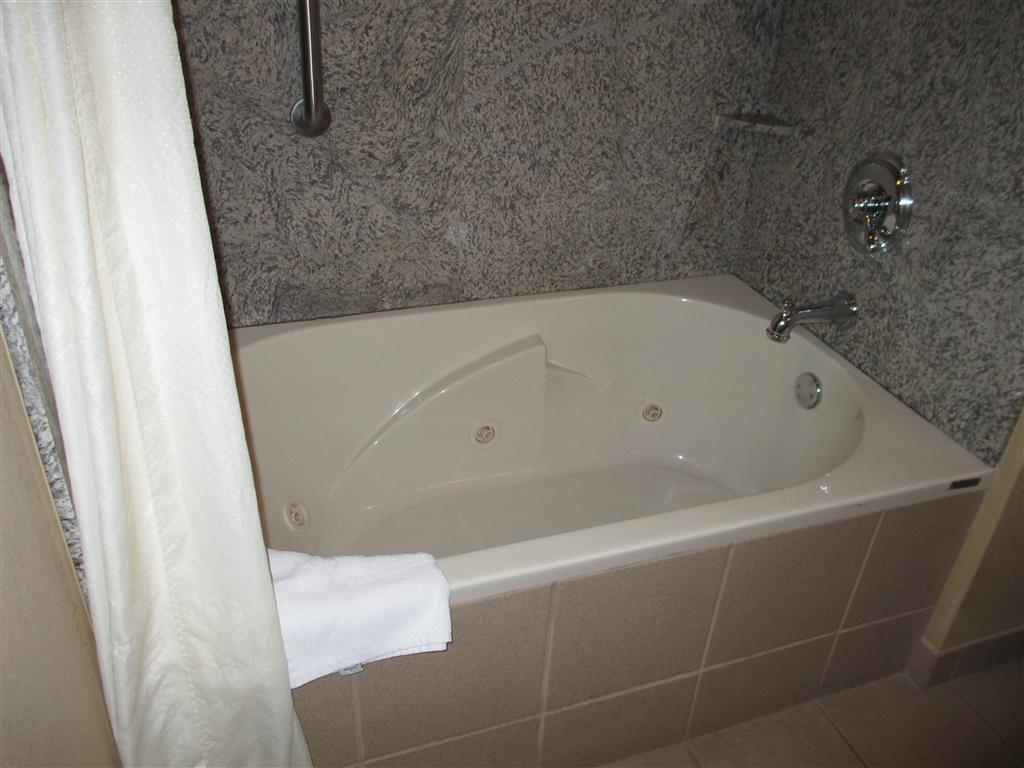 Best Western Plus Woodland Hills Hotel & Suites - Relax and unwind in our jetted tubs available in some of our suite rooms.