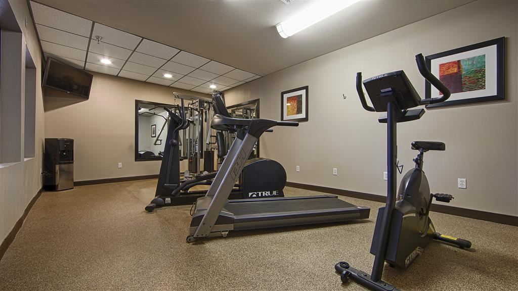 Best Western Plus Woodland Hills Hotel & Suites - Re-energize with a quick work out in our fitness center.