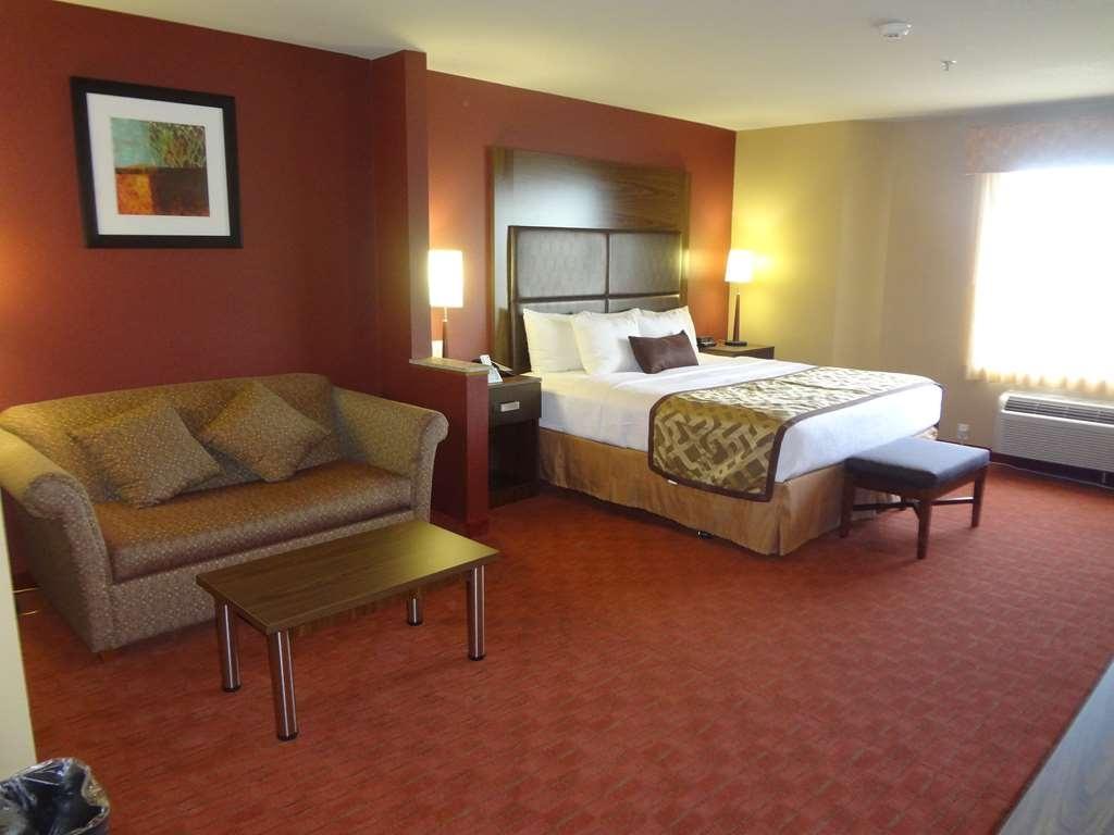 Best Western Plus Woodland Hills Hotel & Suites - Chambres / Logements