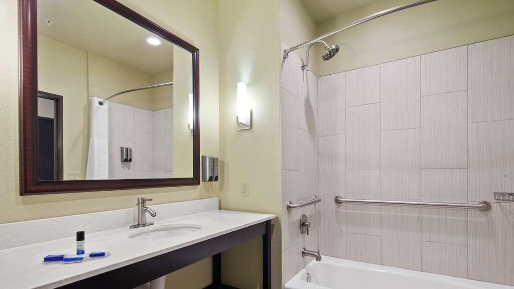 Best Western Lindsay Inn & Suites - Camere / sistemazione