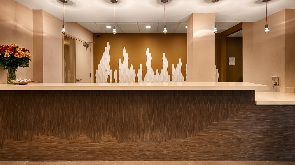 Best Western Plus Downtown Tulsa/Route 66 Hotel - reception