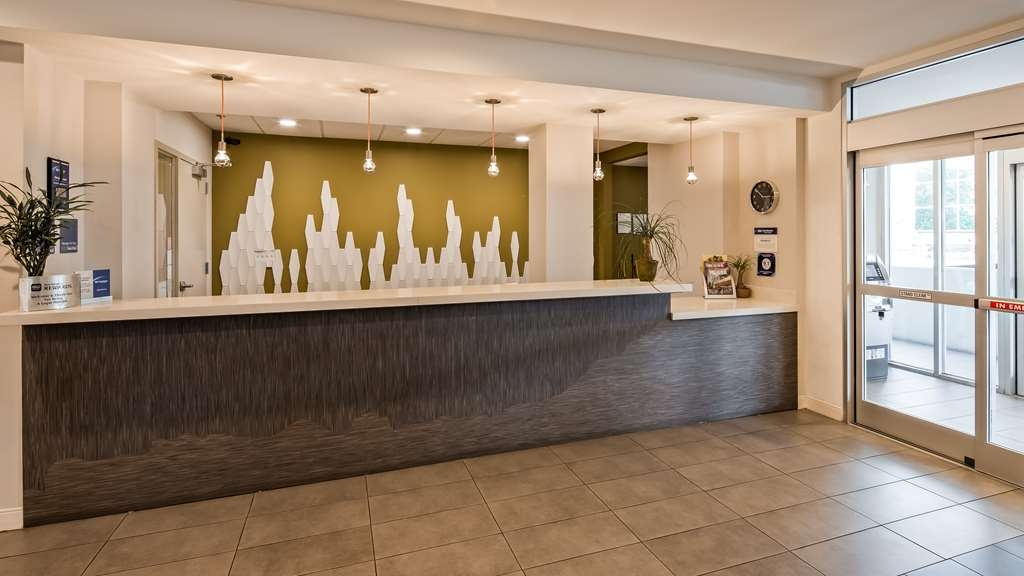 Best Western Plus Downtown Tulsa/Route 66 Hotel - Hall
