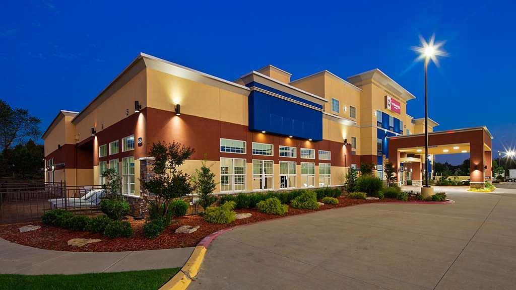 Best Western Plus The Inn & Suites at Muskogee - Vista exterior