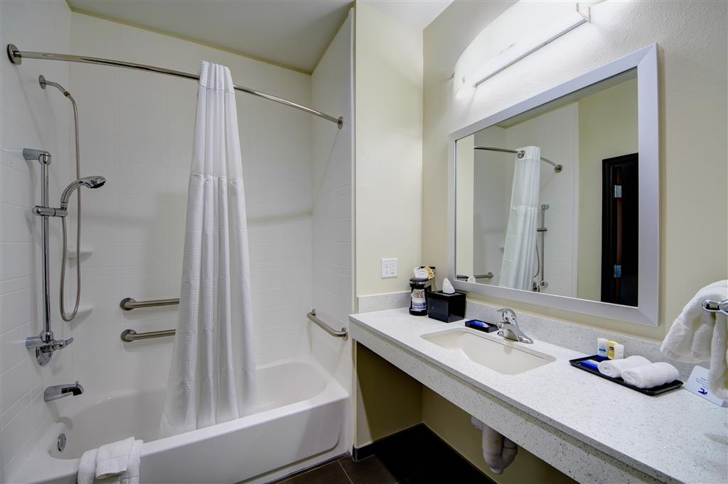 Best Western Plus The Inn & Suites at Muskogee - All guest bathrooms have a large vanity with plenty of room to unpack the necessities.