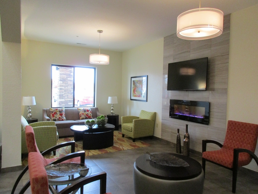 Best Western Plus Fairview Inn & Suites - Lobby Seating