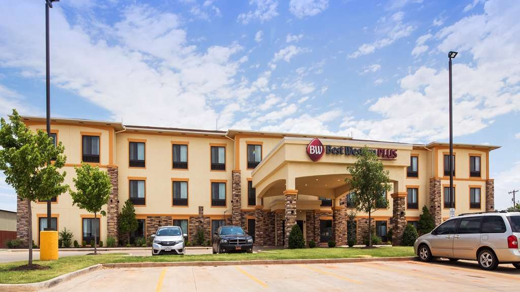 Best Western Plus Fairview Inn & Suites - Exterior