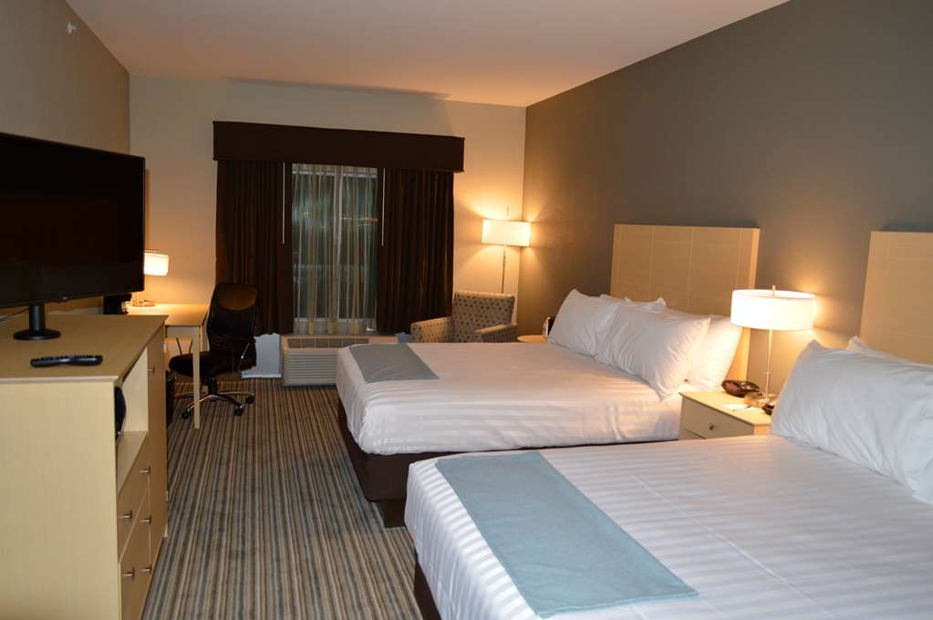 Best Western Plus Norman - You can share a room with your friends or family and have ample sleeping space for 4 in one of our Double Queen Guest Rooms.