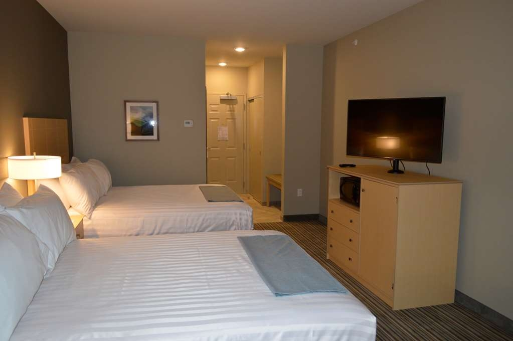 Best Western Plus Norman - Our Double Queen Guest Rooms provide ample sleeping space for 4.