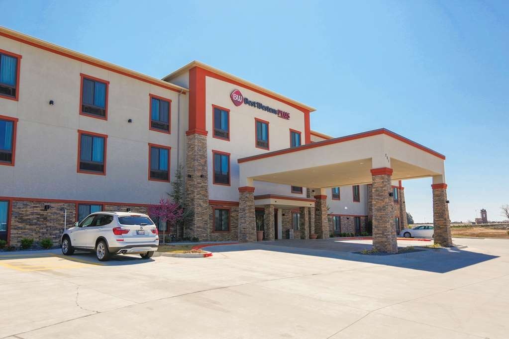 Best Western Plus Wewoka Inn & Suites - Experience the meaning of true comfort at the Best Western Plus Wewoka Inn & Suites.