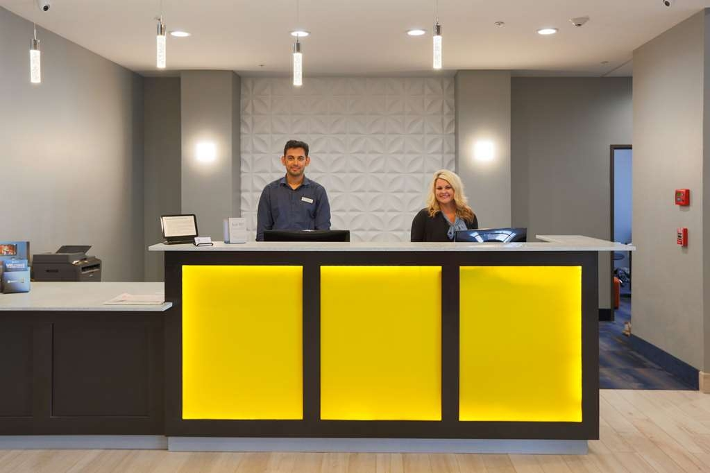 Best Western Plus Wewoka Inn & Suites - Lobbyansicht