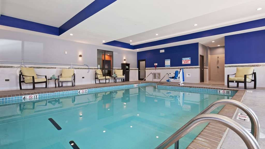 Best Western Plus Wewoka Inn & Suites - Poolansicht
