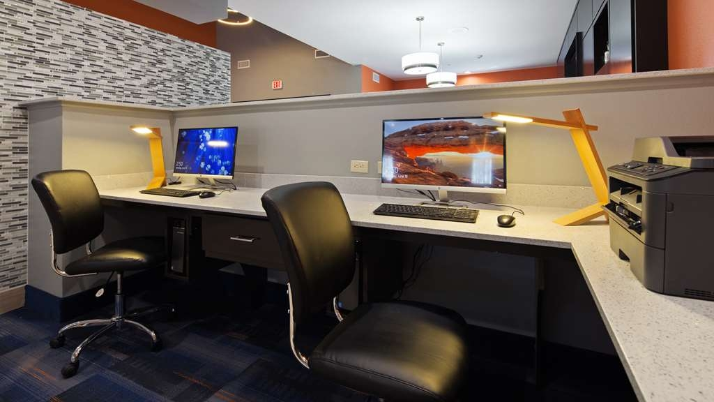 Best Western Plus Wewoka Inn & Suites - Business Center