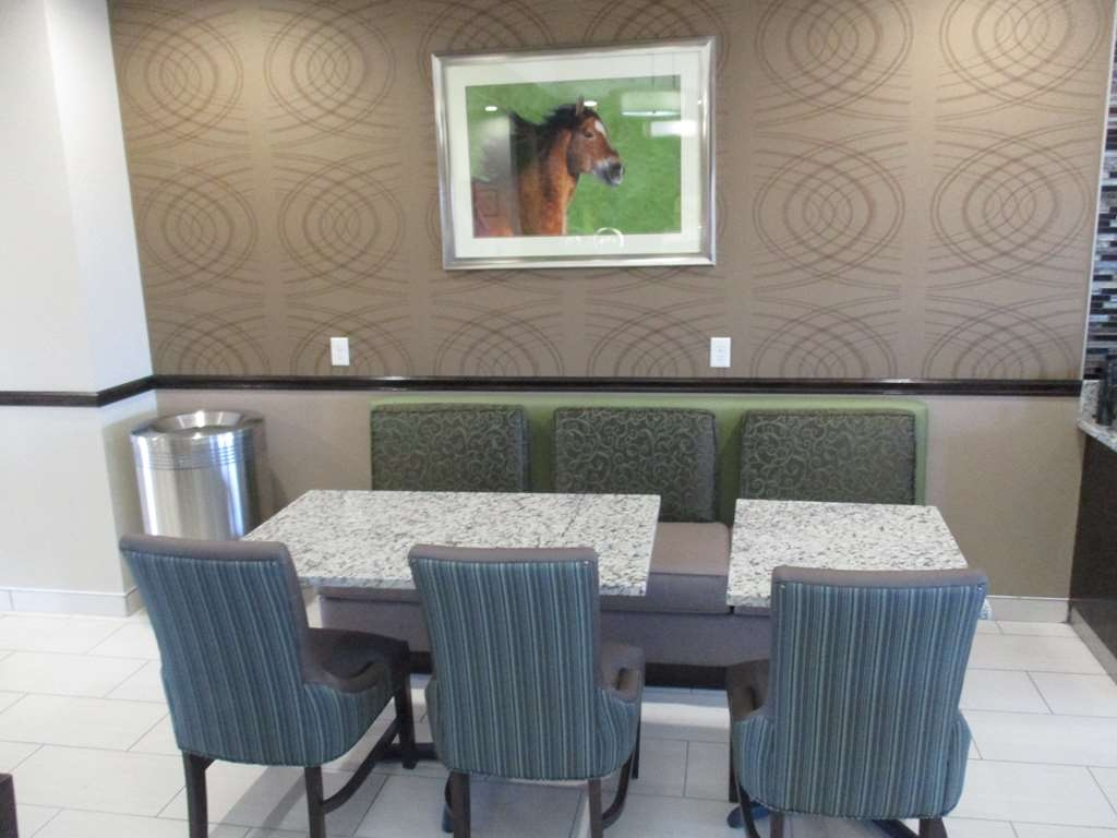 Best Western Plus Executive Residency Elk City - Dining Area