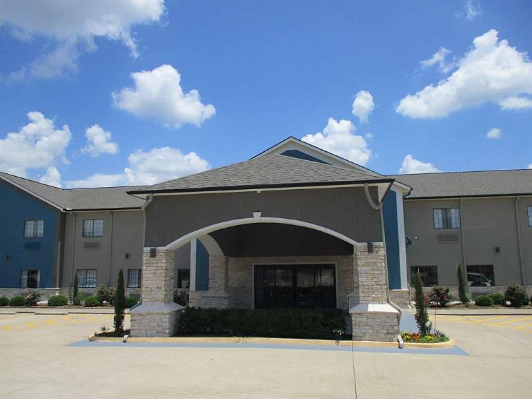 Best Western Atoka Inn & Suites