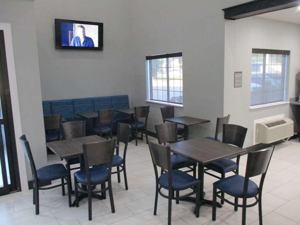 Best Western Atoka Inn & Suites - Breakfast Dining Area