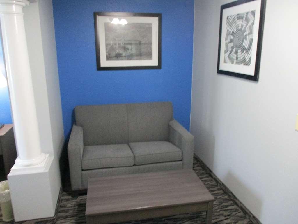 Best Western Atoka Inn & Suites - Zimmer Annehmlichkeiten
