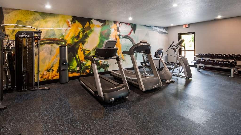 Best Western Atoka Inn & Suites - Health club