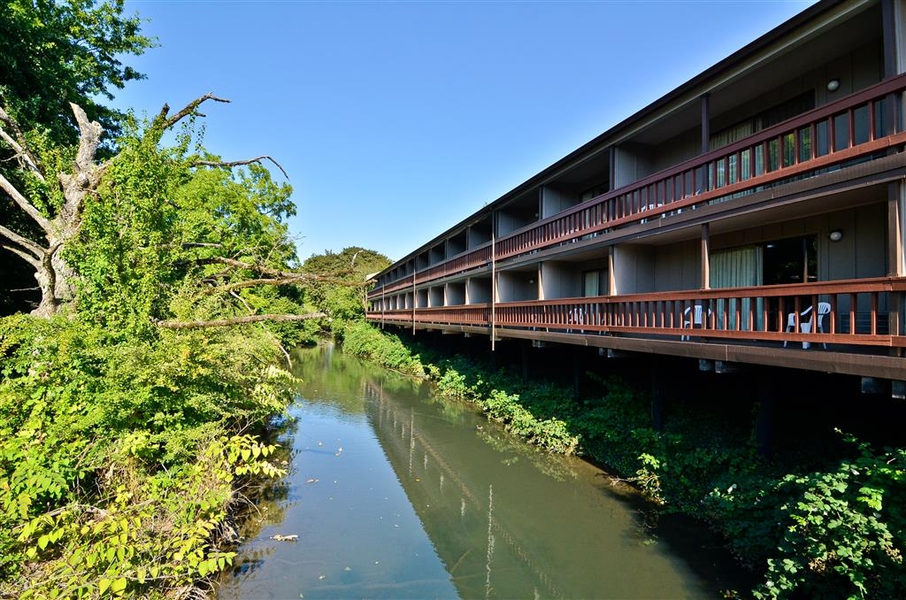 Best Western New Oregon - Enjoy the Mill Race Waterway from your individual balcony, feed the ducks that swim by daily and just enjoy the scenery.