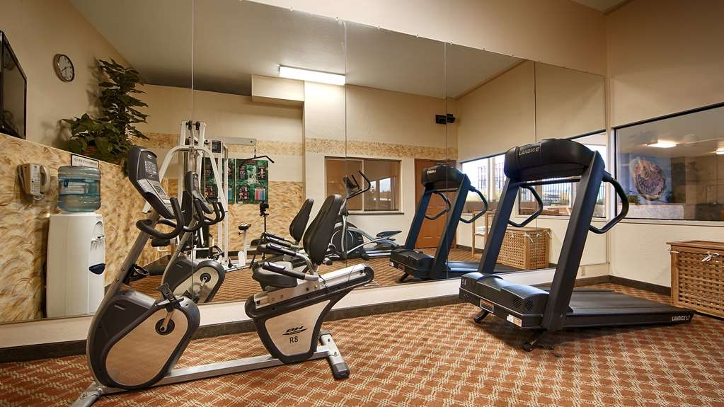 Best Western Holiday Hotel - Our fitness center includes a variety of equipment to help you stay fit while on the road.