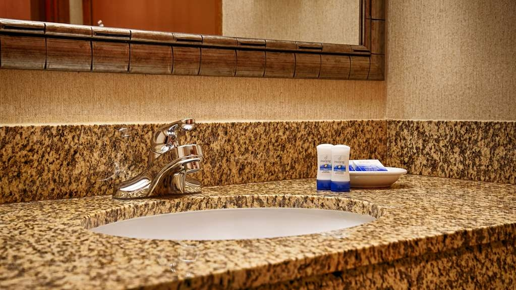 Best Western Holiday Hotel - We take pride in making everything spotless for your arrival.